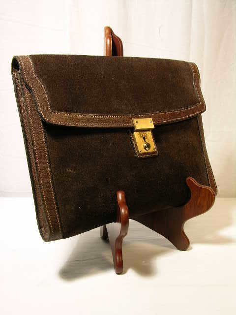 2259: GUCCI BROWN SUEDE WITH PIGSKIN LEATHER TRIM CLUTC