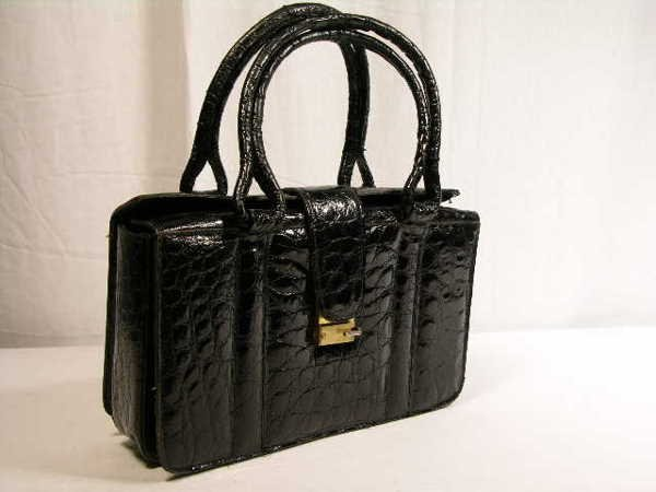 2264: BEAUTIFUL BLACK TURTLE SKIN HANDBAG WITH QUILTED