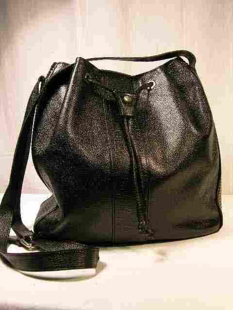 FENDI BUCKET SHOULDER BAG IN TEXTURED (CAVIAR STY