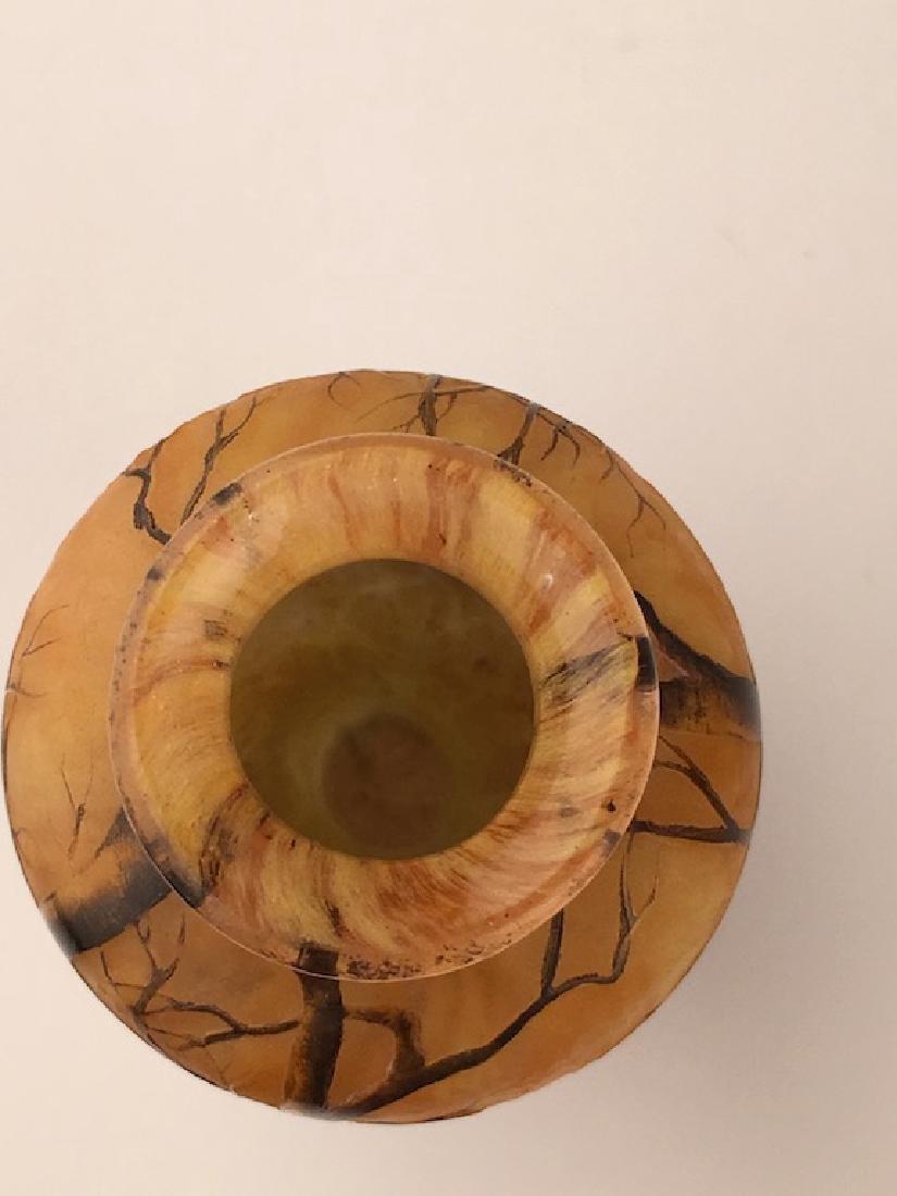 Minature Daum vase of a winter scene. - 5