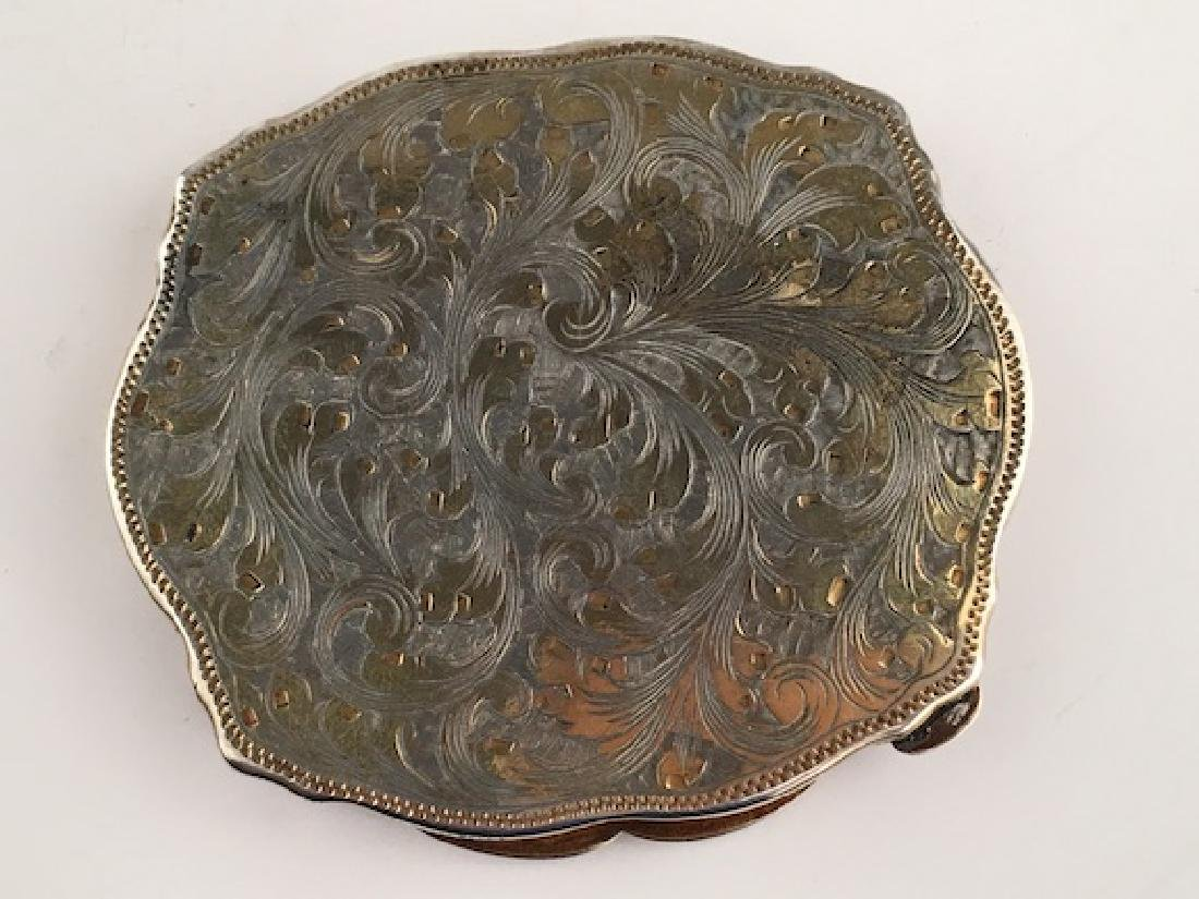 Enamel silver compact with a Grecian painted scene on - 5