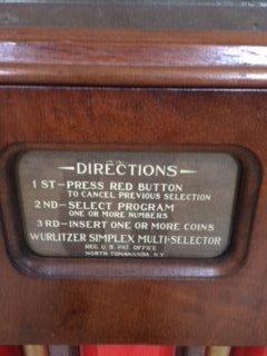 Circa 1933 Wurlitzer 16 record juke box. - 3