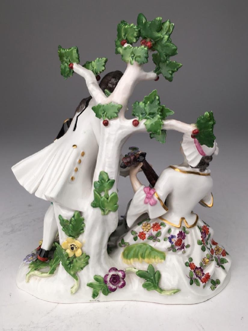 Meissen figurine of a lady playing music to a man - 2