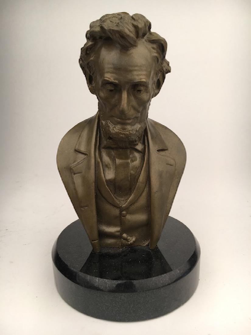 Abraham Lincoln modern re cast bust