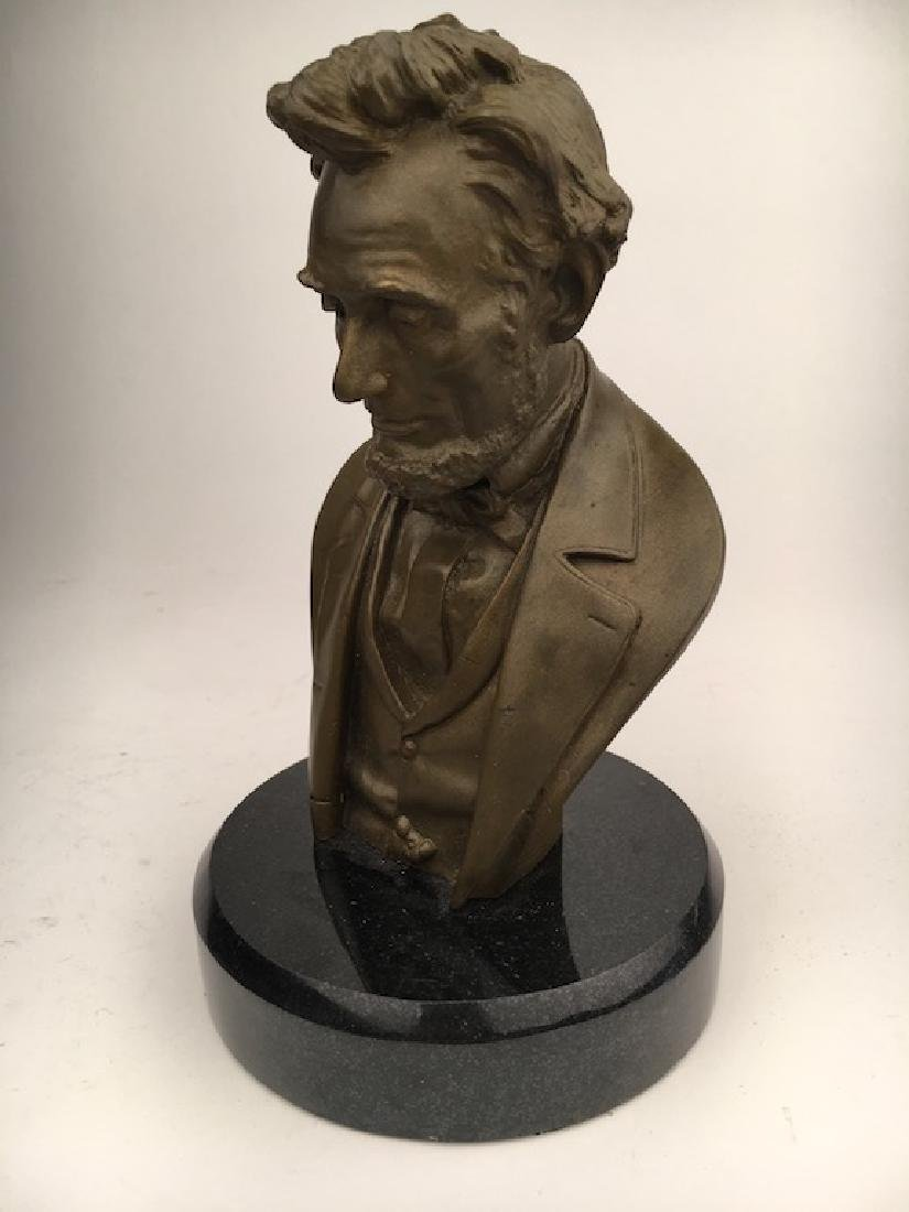 Abraham Lincoln modern re cast bust - 3