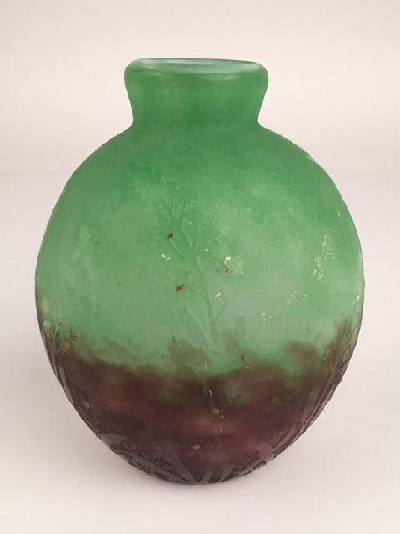 """Daum Nancy cameo vase on a green ground. Signed """"Daum - 3"""
