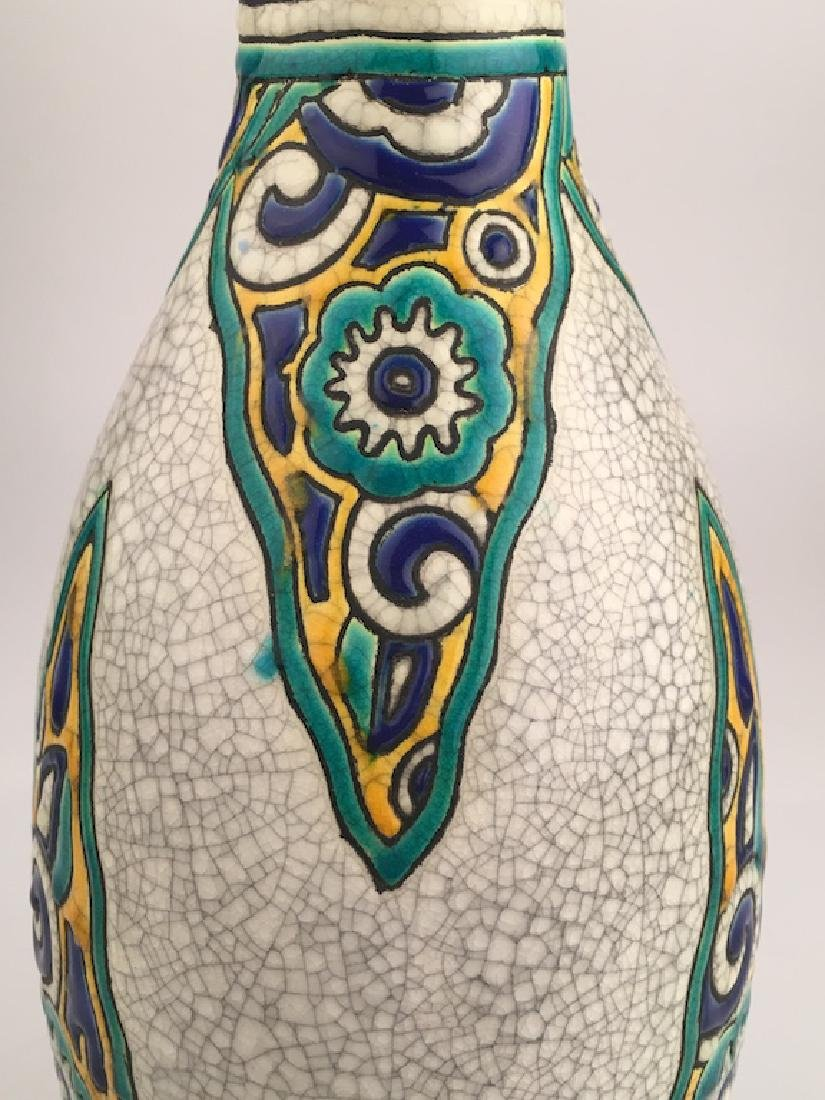 Keramis pottery vase with stylized flowers. - 2