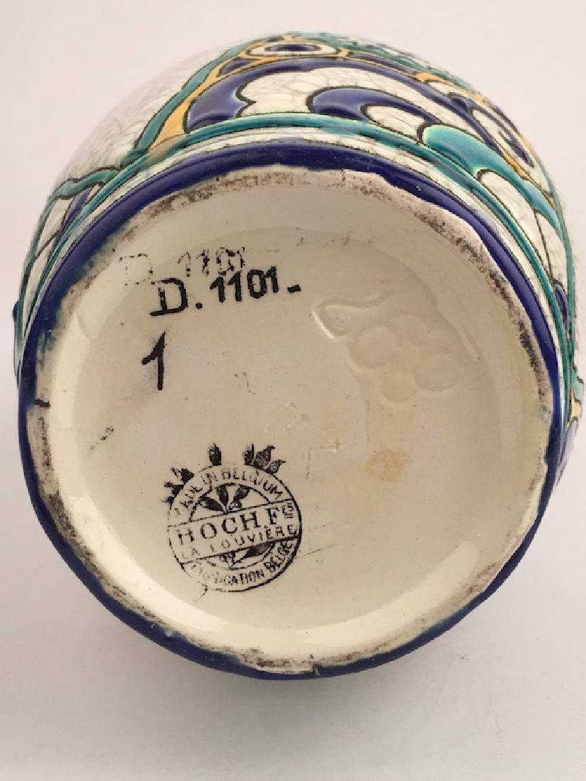 Keramis pottery vase with stylized flowers. - 7