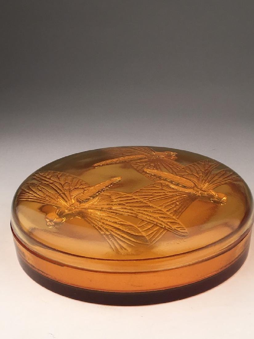 "R. Lalique ""Libellules"" powder box in an golden amber"