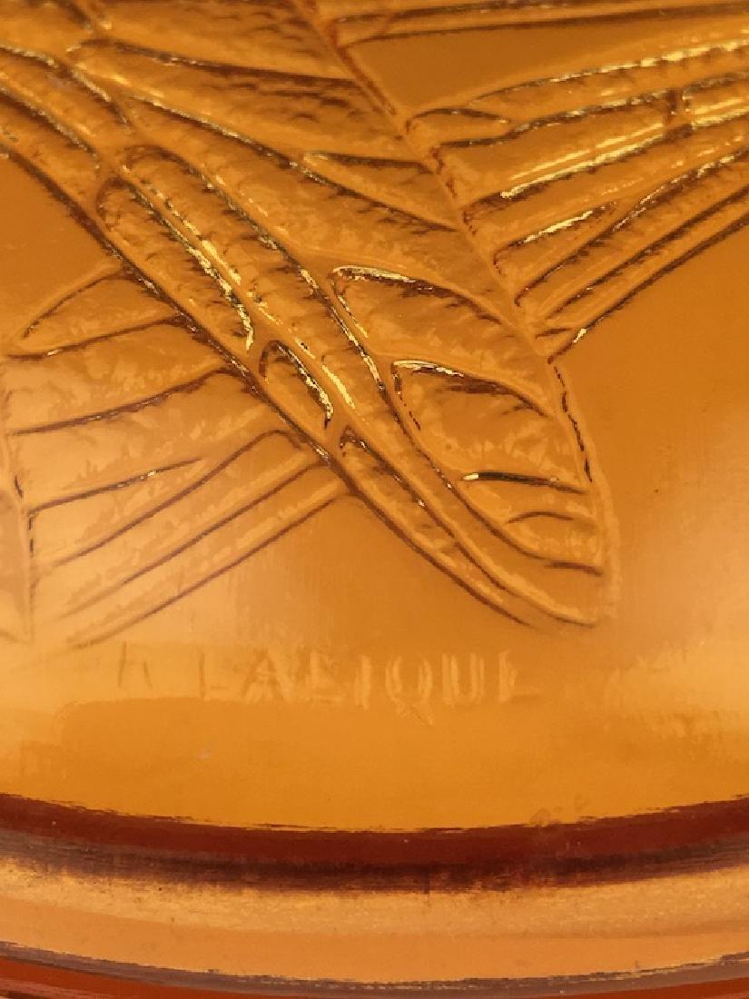 "R. Lalique ""Libellules"" powder box in an golden amber - 9"