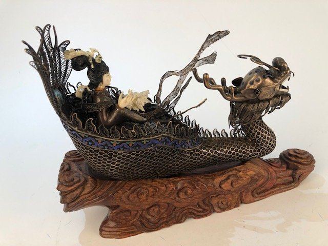 Chinese figure of a woman in a silver boat. - 4
