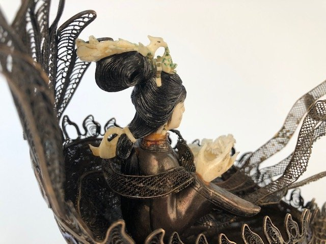 Chinese figure of a woman in a silver boat. - 6