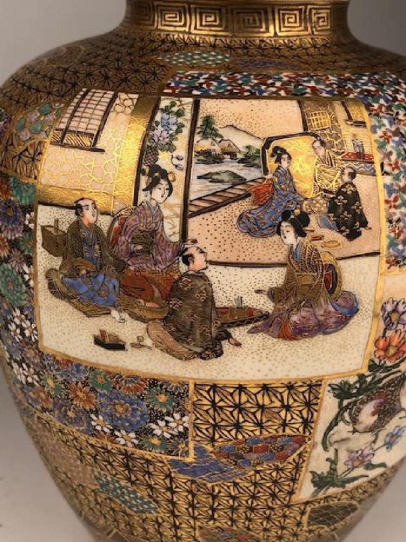 Exceptional pair of Japanese satsuma Meiji period vases - 2