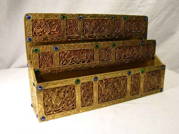 47: 47: TIFFANY STUDIOS LETTER RACK IN THE NINTH CENTUR