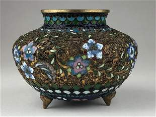 EaEarly 20 th century Japanese cloisonne three footed