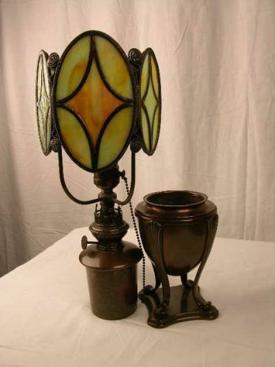 442: TIFFANY STUDIOS DESK LIGHT.