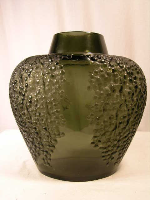"933: R. LALIQUE ""POIVRE"" VASE IN DARK TOPAZ GLASS. MOLD"