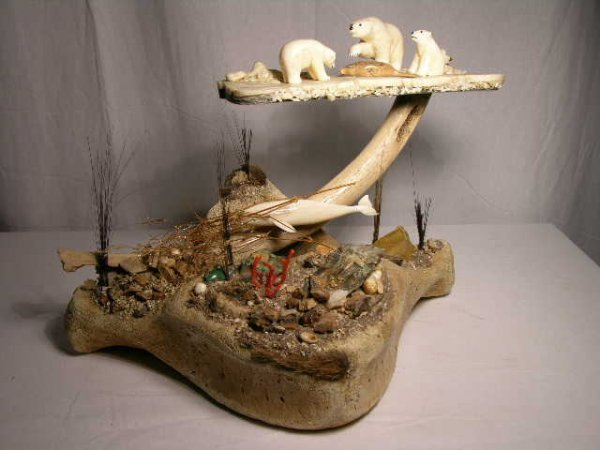 1128:POLAR BEAR DIORAMA.