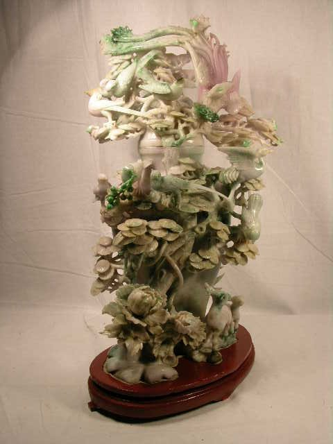 1133: ANTIQUE JADE CARVING WITH HIGHLY DETAILED BIRDS,