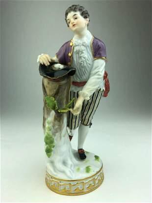 Meissen porcelain figure of a shepard gathering