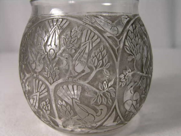 "1604: R. LALIQUE VASE, ""TEHERAN,"" IN CLEAR AND FROSTED"