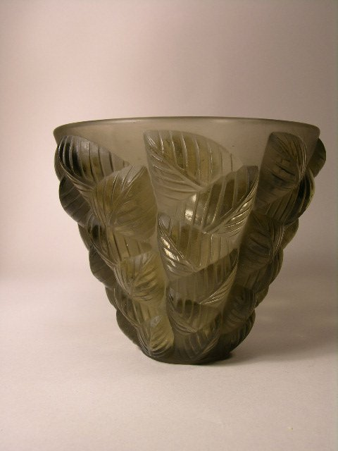 "1617: R. LALIQUE ""MOISSAC""  IN GREY GLASS."