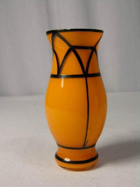 "2507: ART DECO MINIATURE GLASS VASE SIGNED ""KOLEK"" CIRC"