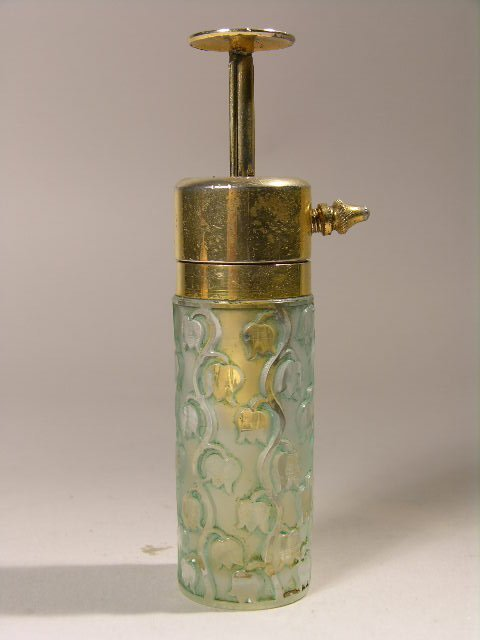 """2519: R. LALIQUE """"MACY"""" PERFUME ATOMIZER WITH A  LIGHT"""