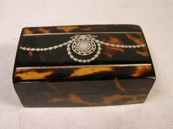 8: NATURAL SHELL AND STERLING SILVER THREE COMPARTMENT