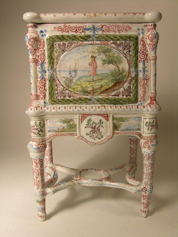14: DELF BOX PAINTED WITH ROMANTIC SCEENS.