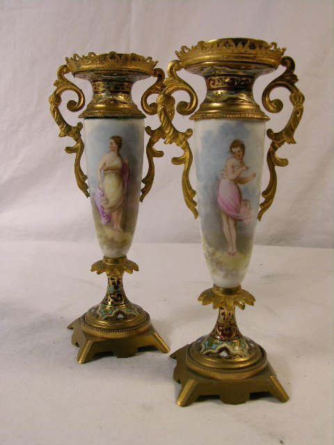 15: ANTIQUE PAIR OF HAND PAINTED PORCELAIN AND CHAMPLEA