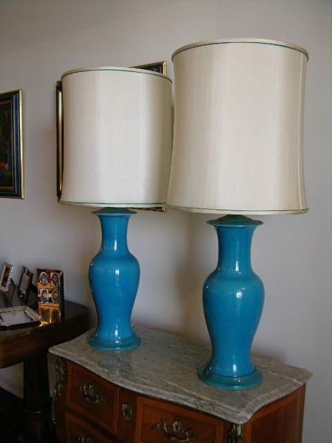 506: PAIR OF CLOISONNE TABLE LAMPS.