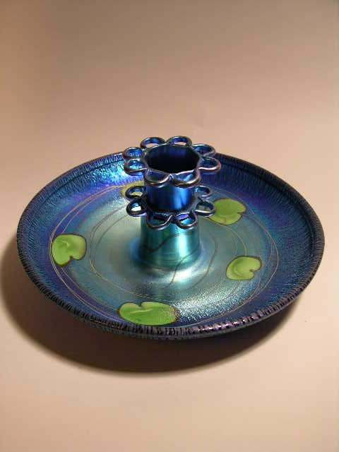 15: TIFFANY BLUE IRIDESCENT BOWL AND FLOWER FROG VASE.