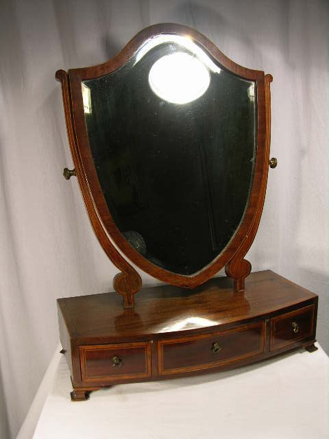 262: WOOD DRESSER BOX WITH A ROTATING MIRROR IN THE FOR
