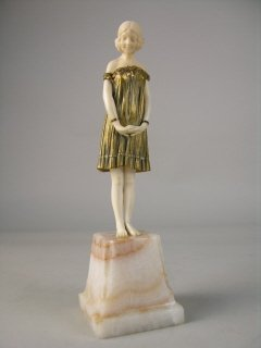 "10A: DEMETRE H. CHIPARUS (1886-1947) ""INNOCENCE""."