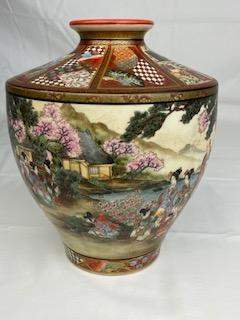Japanese satsuma vase with an inverted top rim.