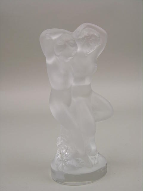 LALIQUE NUDES FIGURE WITH LEAVES AND GRAPES.