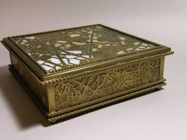 "11: TIFFANY STUDIOS ""GRAPEVINE"" DESK BOX."