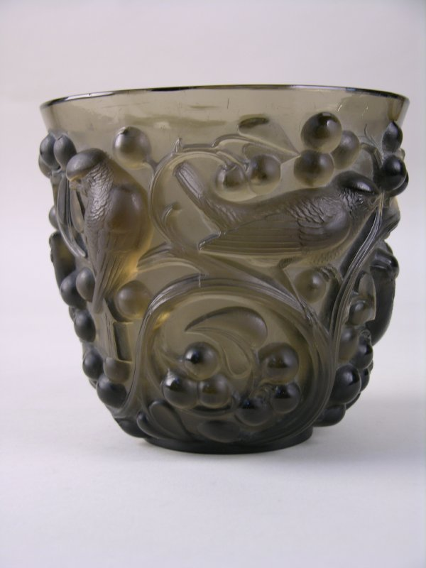 "25: R. LALIQUE ""AVALON""  VASE."