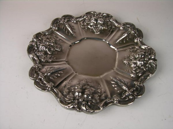 259: REED AND BARTON SILVER TRAY IN THE FRANCIS IPATTER