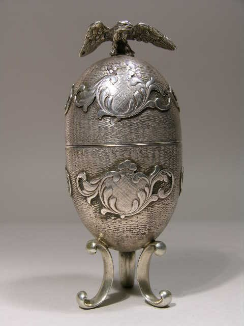 7: RUSSIAN STERLING SILVER EGG.