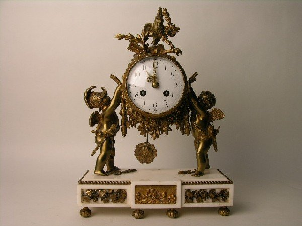 5: ORNATE MANTLE CLOCK: A VERY NICE MANTLE CLOCK WITH T