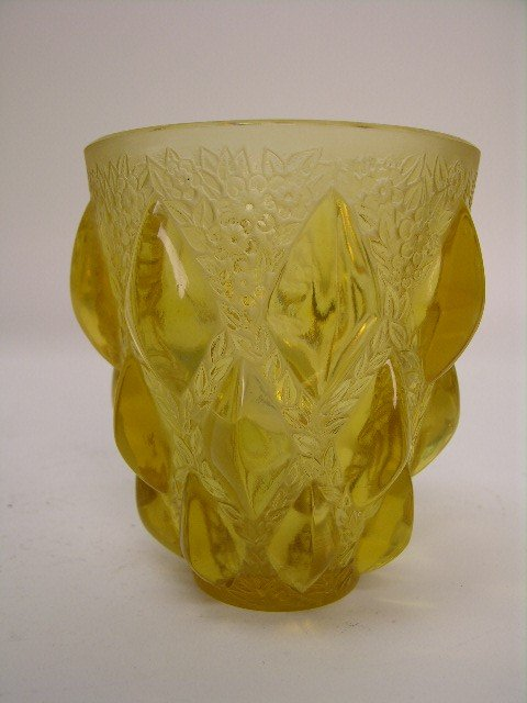 """20: R. LALIQUE """"RAMPILLION"""" VASE IN YELLOW GLASS."""