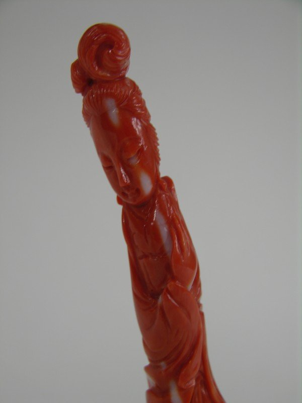 2: A BEAUTIFUL CARVED CORAL FIGURE OF A BEAUTY.