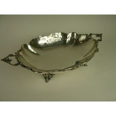 1: A LARGE 900 EUROPEAN SILVER BREAD TRA WITH TWO FOLIA