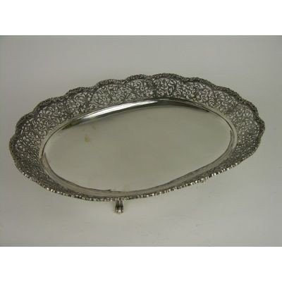 6: A LARGE STERLING SILVER SERVING TRAY WITH A PIERCED
