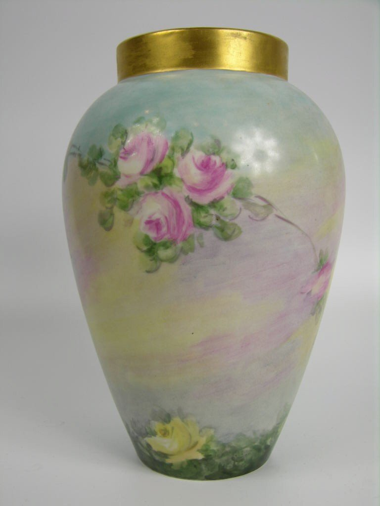 21: A VERY WELL PAINTED LIMOGES VASE PAINTED WITH LARGE