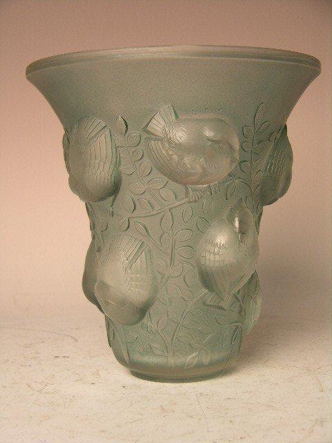 """149: Rene Lalique """"Violettes"""" vase in a light green gla"""