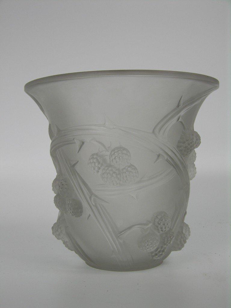 """150: A Rene Lalique circa 1930 """"Mures"""" vase."""
