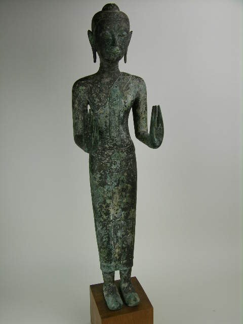 92: 16th century bronze Buddha standing in the